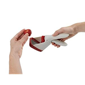 Chef'n Strawberry Slicester Hand-Held Strawberry Slicer