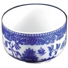 Blue Willow Chinese Tea Cup by Blue Willow