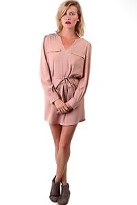 Material: Polyester  Shoulder: Long Sleeves   Embellishments: Pocket(s)   Size Category: Adult