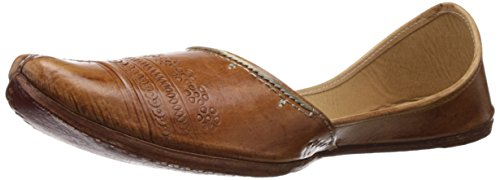 Rangaar Men's Juttis And Mojaris (Brown)