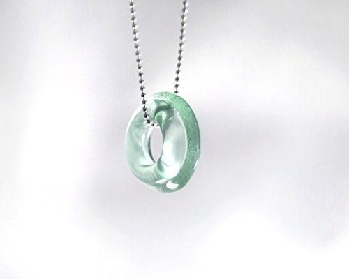 recycled-cola-bottle-pendant-necklace-shiny-clear-finish