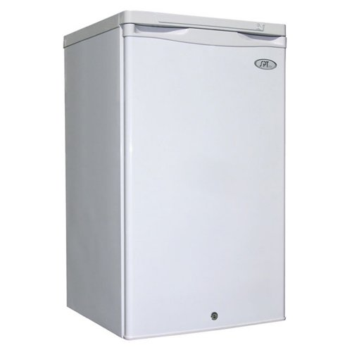 Sunpentown Uf-311W Energy Star 2.8 Cubic-Foot Upright Freezer, White front-734365