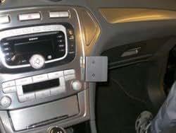 Brodit ProClip für Ford Mondeo 08-10 schwarz
