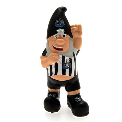 Official Newcastle United FC Mini Garden Gnome - A Great Gift / Present For Men, Boys, Sons, Husbands, Dads, Boyfriends For Christmas, Birthdays, Fathers Day, Valentines Day, Anniversaries Or Just As A Treat For Any Avid Football Fan