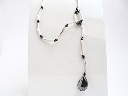 halskette-silber-ypsilon-minimalistisch-steintropfen-silberpyrit