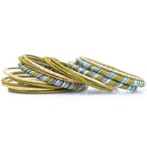 Bellow Thread Bangle Set Light Green (SE-527566)