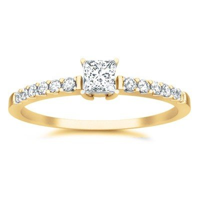 0.58 Carat Wedding ring for sale with Princess cut Diamond on 18K Yellow gold