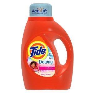 tide-detersivo-liquido-con-actilift-con-un-sospetto-di-downy-per-dare-la-morbidezza-e-della-freschez