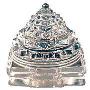 relaxon-sri-yantra-in-3-dimensional-crystal-form
