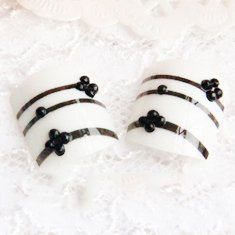 COCO つけ爪 ネイル も~も縲・ミルク 華麗 アート 足の爪 自然な 透明感 つけ爪 のりセット 24片 自分の爪に合わせて選ぶ フリーサイズ