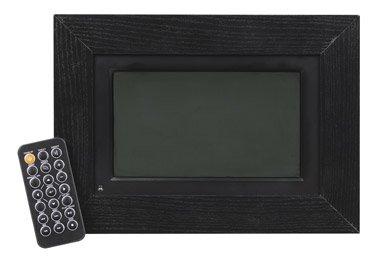 ace-hardware-curtis-ipod-dpf712-digital-wood-photo-frame-7