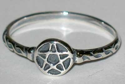 Ring: Pentagram Tiny size 4 (JRPT4) -