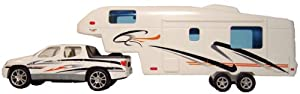 Prime Products 27-0020 Pick-Up and 5th Wheel Toy