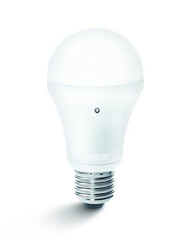 Steinel-LED-Energiesparlampe-mit-Dmmerungsschalter-SensorLight-LED-EEK-A-710-lm-bei-85-Watt-inkl-integriertem-Dmmerungsschalter-mit-Fotosensor-E27-Fassung-008215