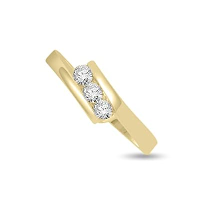0.30ct G/SI1 Diamond Trilogy Promise Ring for Women with Round Brilliant cut diamonds in 18ct Yellow Gold