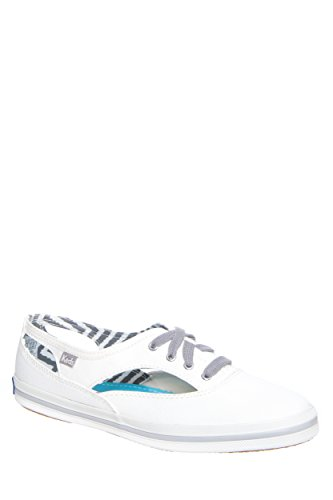 Champion Cut-Out Low Top Sneaker