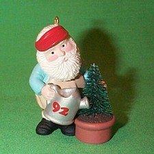 Hallmark Green Thumb Santa 1992 Keepsake Ornament QX5101