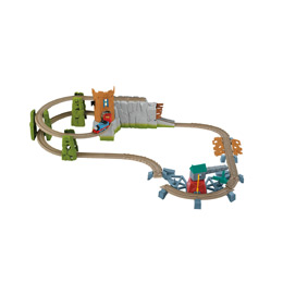 .com: Thomas the Train: TrackMaster Castle Quest Set: Toys & Games