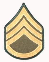 viele-verschiedene-stoffabzeichen-deutschland-bundeswehr-us-army-us-airforce-landesflaggen-dienstgra