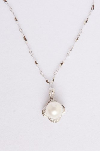 mmpearl(Michael Mikado) 7.0-8.0mm White Pearl Pendant with 18 Inch Sterling Silver Chain