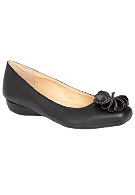 Comfortview Women's Wide Rhea Ballet Flat Black,7 M