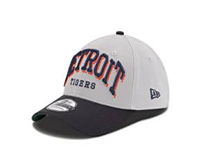 MLB Detroit Tigers Arch Mark Classic 39Thirty Stretch Fit Cap by New Era