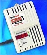 Safety Siren Pro Series3 Radon Gas Detector - HS71512 by Family Safety Products, Inc. (HS71512 with Free Flashlight)