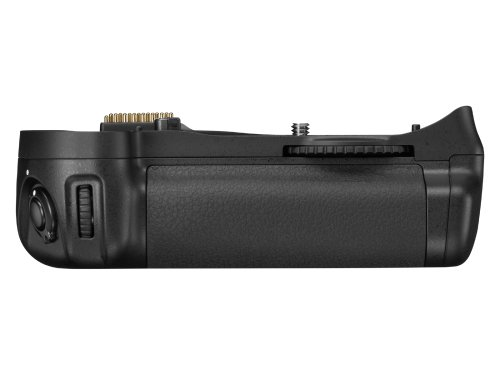 Nikon MB-D10 Multi Power Battery Pack for Nikon D300 & D700 Digital SLR Cameras – Retail Packaging