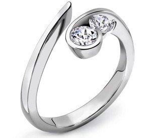 Cara Hold my Love sterling silver and certified Swarovski stone ring for Women