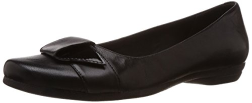 Clarks Discovery Dime Black Leather 6.5 UK D / 40 EU