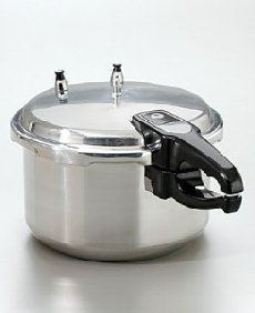 Bene Casa Aluminum 6 Qt. Pressure Cooker by Bene Casa