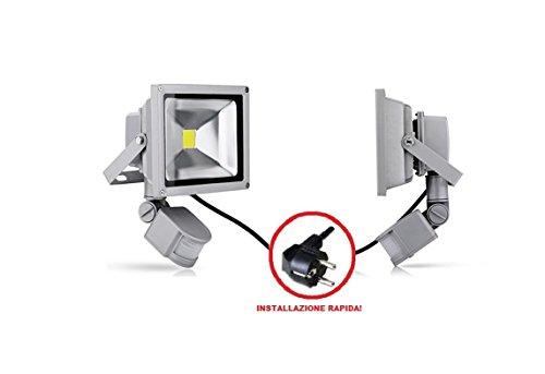 GRG® Faretto LED 30W da esterno IP65 a luce bianca fredda 6000k con sensore di movimento IR e crepuscolare, Proiettore Led COB ad alta potenza con riduzione dei consumi del 90% e durata di 50000 H. Faro Led ad alta versatilità con regolazione del tempo di intervento, cavo di 1m con spina.