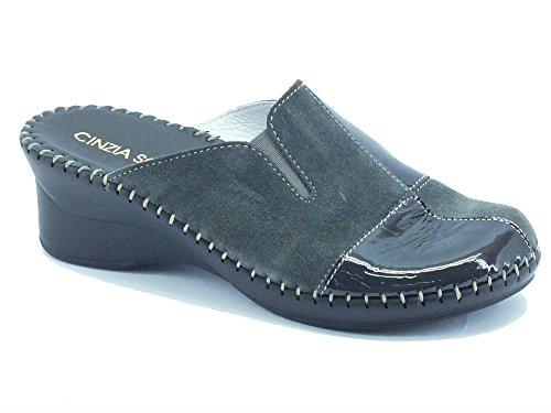 Pantofole per donna Cinzia Soft in camoscio e vernice antracite (Taglia 37)