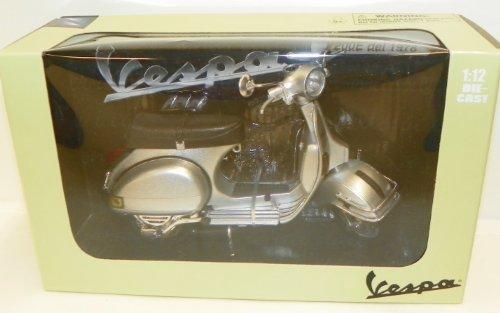 New Ray 1/12 Scale Diecast Motorcycle Vespa P200e Del 1978 in Color Silver