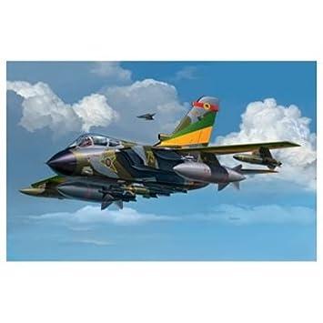 Revell - 4063 - Maquette Classique à Peindre et à Coller - Tornado GR.Mk.1 RAF