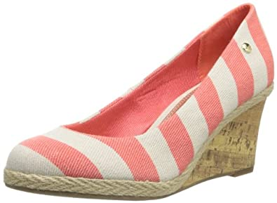 LifeStride Women's Costume Wedge Pump,Coral,5 M US