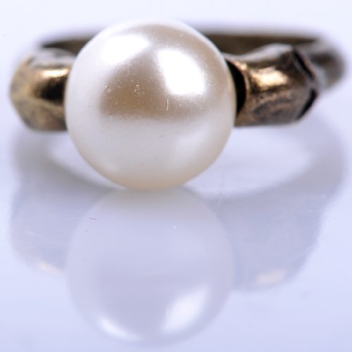 HOT retro-sided skull inlaid pearl ring Jewelry