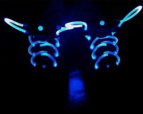 LED-shoelaces-with-continuous-and-blinking-modes-in-5-colors