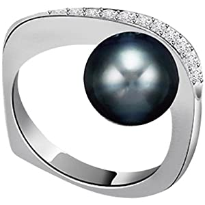 0.12ct Diamond Set In Black Tahitian Pearl Ring