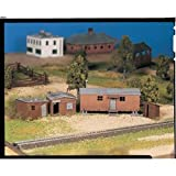 Bachmann Trains Hobo Jungle - 2 Shacks, Box Car, Outhouse