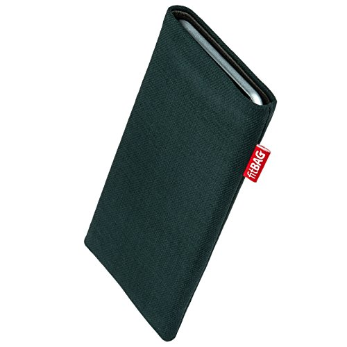 fitBAG Rave Green custom tailored sleeve for Nokia Lumia 830. Fine suit fabric pouch with integrated MicroFibre lining for display cleaning