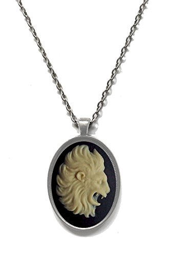 [Victorian Vault Horoscope Zodiac Black & Ivory Cameo Pendant on Chain (Leo)] (Renaissance Archer Costumes)