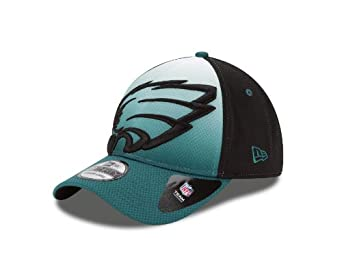 NFL Philadelphia Eagles NE Graduation 39Thirty Flex Fit Cap by New Era