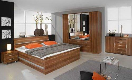 Schlafzimmer 4-tlg. in Nussbaum-Dekor, Schrank B: 226 cm, Bett 180 x 200 cm, 2x Nachttisch, B: 50 cm online bestellen