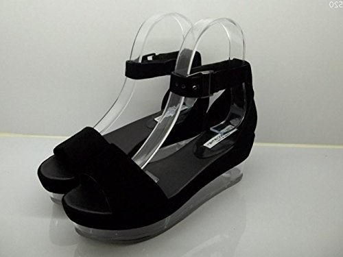 Sandals With Buckles