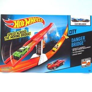 Hot Wheels Hot Wheels Danger Bridge Track Set, Multi Color