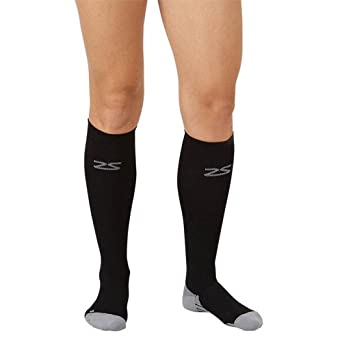 Zensah Unisex Adult Compression Socks, Black, Small