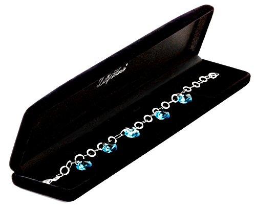 Ein feiner Armband aus 925 Silber mit 5 blauen Herzen aus der Swarovski Elements Kollektion, ideal als Geschenk für Frau oder Freundin