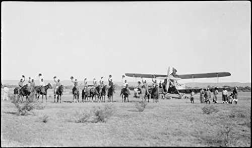 POSTER Aborigines stockmen horseback front de Havilland DH61 Giant Moth biplane airliner G-AUHW 'Canberra' wave goodbye Les Holden crew Flora Valley Western Australia 23 April 1929. Australia Wall Art Print A3 replica