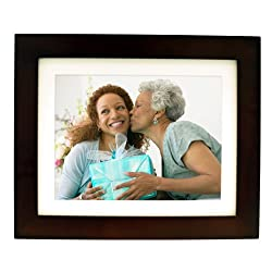 Pandigital PI1056DW 10.4-Inch Digital Picture Frame with 2 Interchangeable Black and Espresso Frame - 1GB Memory